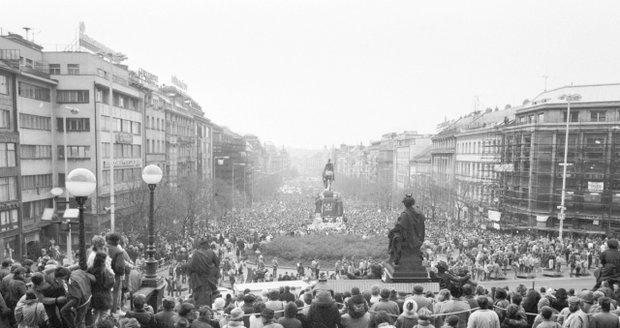 Listopad 1989, Václavské náměstí.