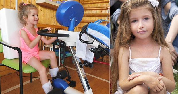 Křehká Adélka (6) trpí vzácnou nemocí: Měla už 11 zlomenin! Každé zakopnutí je pro ni hrozba