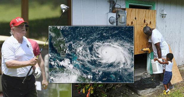 Hurikán Dorian zasáhl karibský ráj. Trump si před úderem živlu zašel na golf