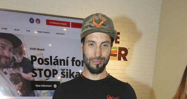 Václav Noid Bárta pokřtil videoklip Síť na podporu boje proti šikaně