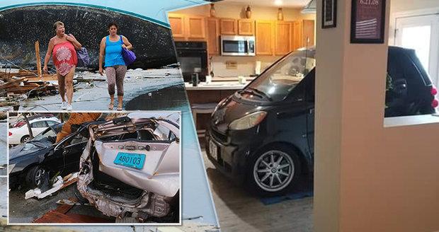 Kokain na pláži, auto v obýváku. Florida se chystá na úder smrtícího hurikánu Dorian