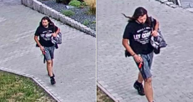 Střelec na dětském hřišti v Kladně trefil tři chlapce: Policie hledá tohoto muže!