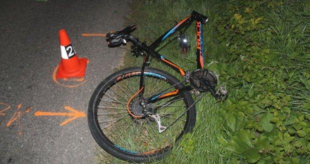Cyklista na Klatovsku zemřel poté, co ho srazilo auto. (Ilustrační foto)