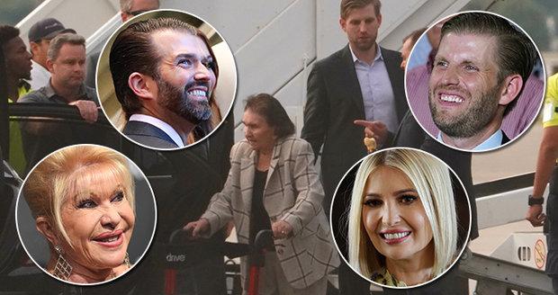 """Trumpovi vyvezli českou """"babi"""": Zelníčková (93) v New Yorku slavila i s pravnoučaty"""
