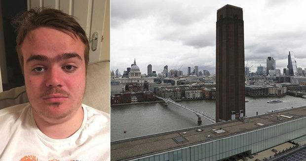 Chlapečka shodil z věže, protože chtěl být v televizi. Nemocný Brit se přiznal