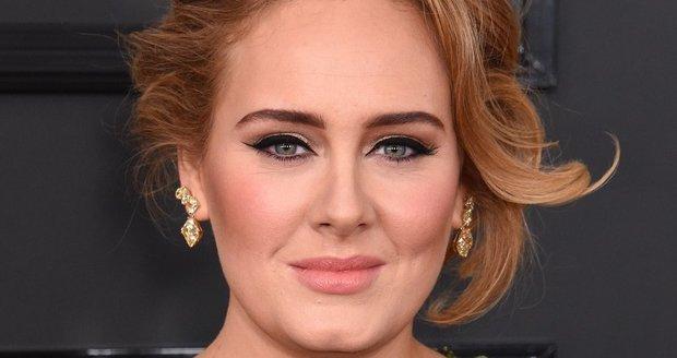 Ještě baculatá Adele