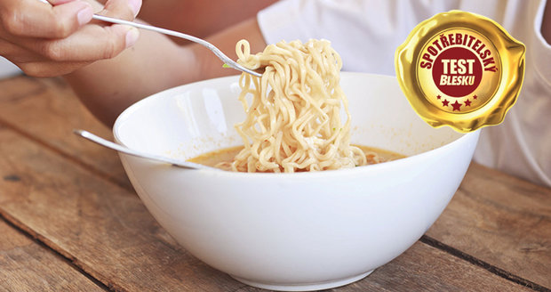 Velký spotřebitelský test instantních nudlových polévek ukázal, že některé chutnají jako chemický koktejl.