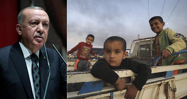 Vypustím k vám uprchlíky, hrozí Erdogan Evropě. V Turecku jich jsou dva miliony