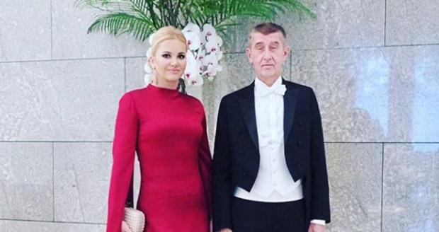 Premiér Andrej Babiš s manželkou Monikou na ceremoniálu k uvedení císaře Naruhita na trůn (22. 10. 2019)