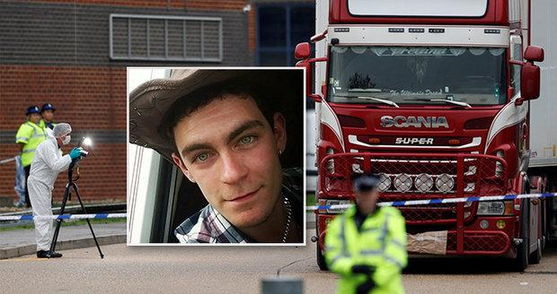 """Řidič kamionu se při pohledu na 39 mrtvých zhroutil. """"Kovboj"""" vezl uprchlíky"""