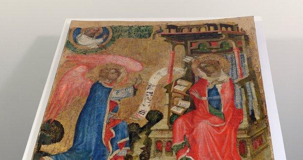 Středověký deskový obraz s námětem Zvěstování Panně Marii (na archivním snímku z 12. dubna 2019), který odborníci připisují Mistru Vyšebrodského oltáře, půjde do aukce. Měla by se konat ještě letos, kdo dílo bude dražit, zatím není jasné.