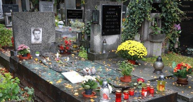 Národní kulturní památkou bude i náhrobek Jana Palacha.