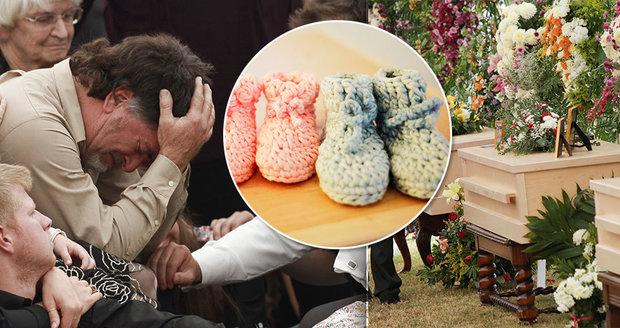 Zavražděné tři maminky a šest dětí uložili do společného hrobu! Smutek, slzy a botičky pro mrtvá dvojčátka