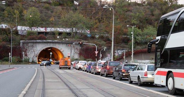 Doprava v centru Prahy.