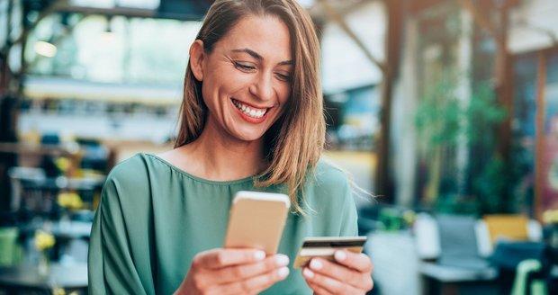 Bezpečnější potvrzování plateb na internetu je tu. Zapomeňte na SMS a používejte mobilní aplikaci.