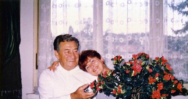 Jitka Větrovská s otcem na vzácné fotografii
