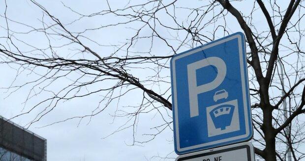 Parkování v Praze, ilustrační foto.