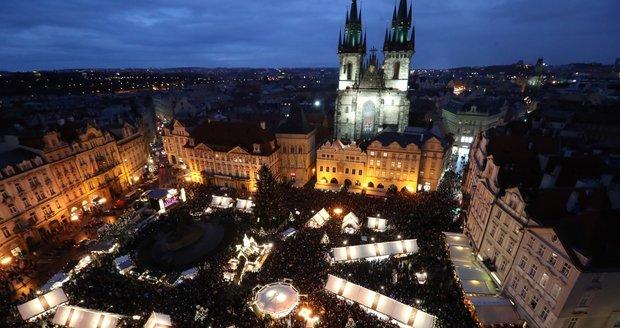 """Praha bude letos bez velkých trhů. Strom na """"Staromáku"""" a možná pár stánků, říká radní"""
