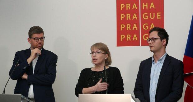 Tisková konference pražských radních o Babišově auditu: Jiří Pospíšil, Hana Marvanová a Adam Zábranský (5. 12. 2019)
