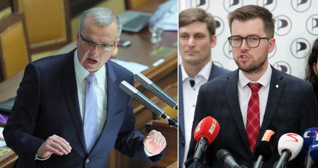 Babiš dva roky premiérem: Dvojky od komunistů i SPD, pětky od Bartoše s Fialou