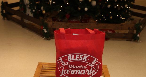 Speciální vánoční tašky jsou nabalené a připravené