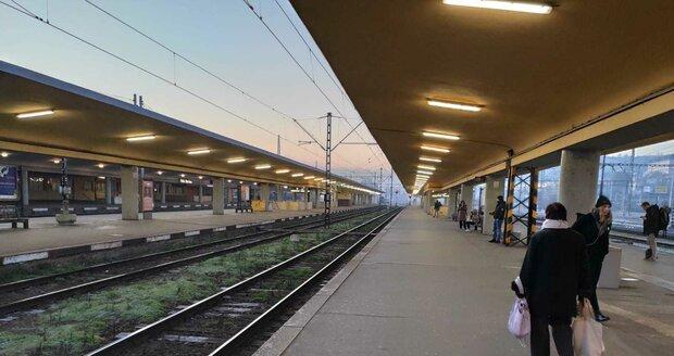 Rekonstrukce Smíchovského nádraží se zpožďuje. První práce proběhnou snad příští rok. (ilustrační foto)