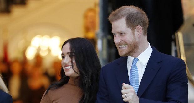 Princ Harry a Meghan královně o ničem neřekli.