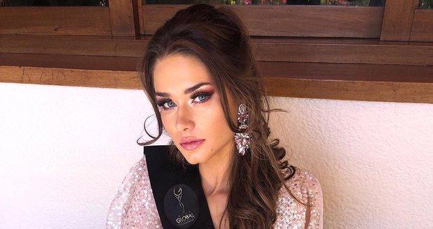 Karolína Kokešová vyhrála soutěž krásy Miss Global.