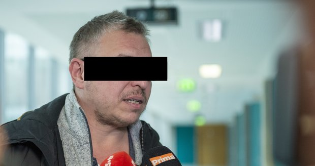 Otec Sofie Milan M. uvedl, že jeho dcera musela kvůli nastalé situaci vyhledat i psychiatrickou pomoc.
