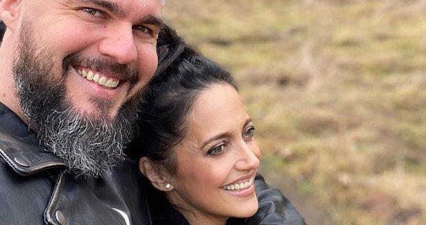 Lucie Bílá je s partnerem šťastná.