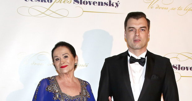 Gregorová a Koptík na plese v Obecním domě