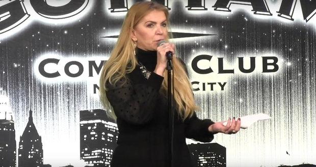 Martina Formanová coby stand-up komička