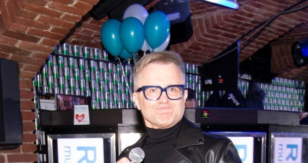 Petr Kotvald se rozjel na narozeninách Retro Music Television.