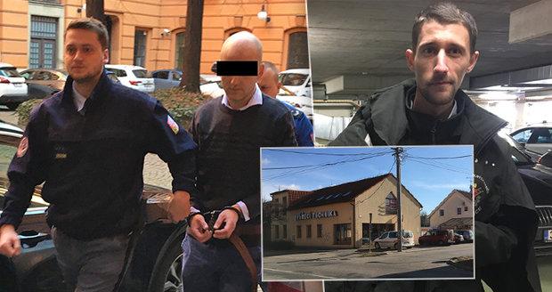 Lukáši F. (35) hrozí 18 let vězení za to, že úmyslně najel autem do Richarda Kolegara (29).