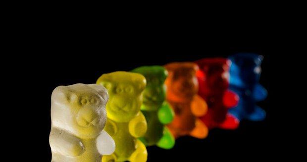 Víte, jak se vyrábí gumoví medvídci?