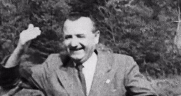 Klement Gottwald v dokumentu Rudí prezidenti.