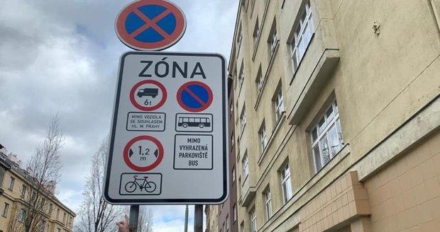 Zákaz pivních kol v centru Prahy a náměstek pro dopravu Adam Scheinherr (Praha Sobě).