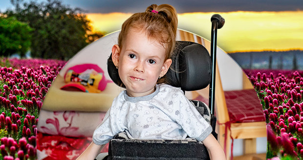 Viktorka trpí spinální muskulární atrofií I. typu.  Děti s touto nemocí připomínají hadrovou panenku.