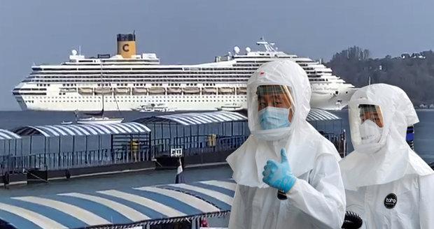 Češi uvízli na luxusní výletní lodi, v karanténě jich je 18. Nemocní nejsou, tvrdí Petříček
