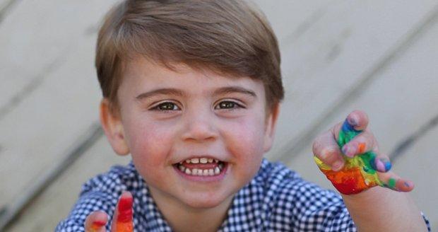 Kate a William zveřejnili fotky dnes dvouletého Louise