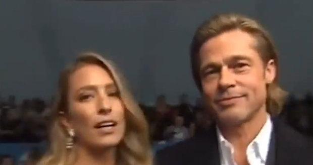 Mezi Bradem Pittem a krásnou Renee to pokaždé jiskří.