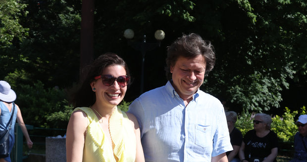 Na festivalu se objevil i režisér a tatínek Karel Janák s manželkou Romanou.