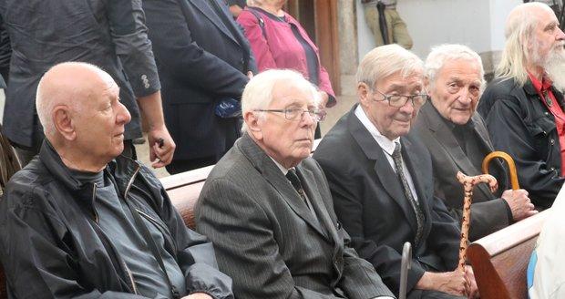 Pohřeb Jana Skopečka: Dalimil Klapka, Rudolf Jelínek a Antonín Hardt