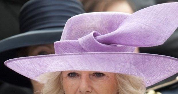 Camilla nyní přiznala, že dnes už by svého syna na internátní školu v 7 letech nikdy neposlala.