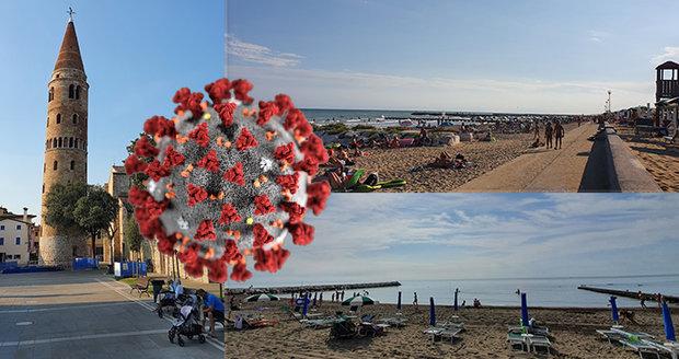 Na plážích v Lido Altanea bylo na konci srpna minimum turistů.