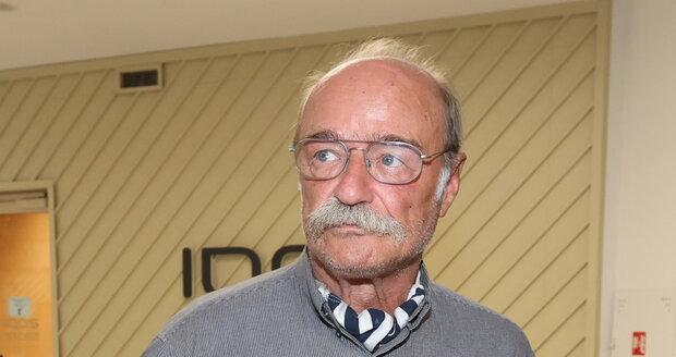 Herec Pavel Nový po delší době ve společnosti.