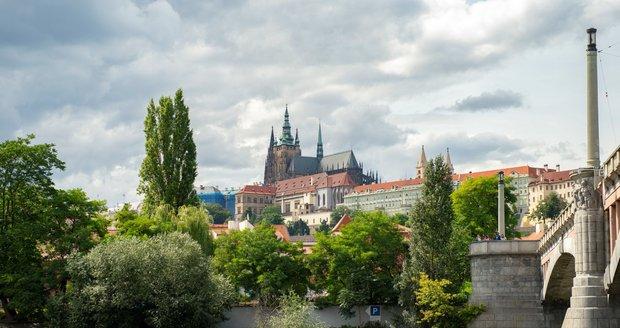 Pražský hrad hlásí rekordní ztráty. Bude si muset sáhnout do rezerv (ilustrační foto).