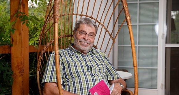Nejznámější český sexuolog Radim Uzel (80) má koronavirus: Cítím se blbě, nevím, kdo mě nakazil