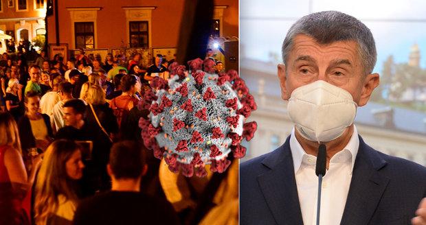 Koronavirus ONLINE: Slováci zavádějí karanténu pro Čechy. A muž z ČT vmetl Babišovi nepravdu