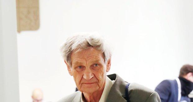 Antonín Semecký u soudu.